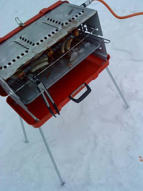 Grillen im Schnee